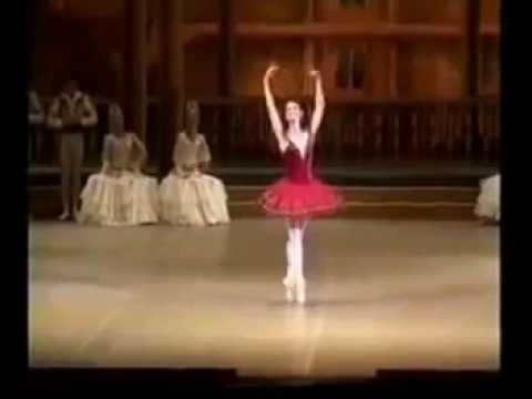 Maria Alexandrova AMAZING Fouettès!