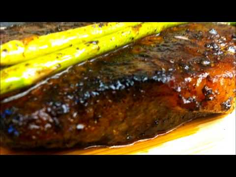 COCOA CHILI RUBBED STEAK with ASPARAGUS GRAVY