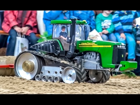 RC tractors in 1:16! Amazing farming world!