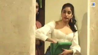Janhvi Kapoor and Khushi Kapoor looks hot | 2019