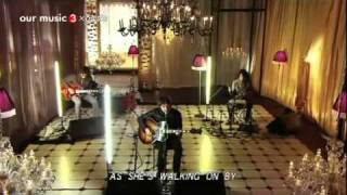 Video Noel Gallagher - Acoustic Version, Don't Look Back In Anger download MP3, 3GP, MP4, WEBM, AVI, FLV Agustus 2018