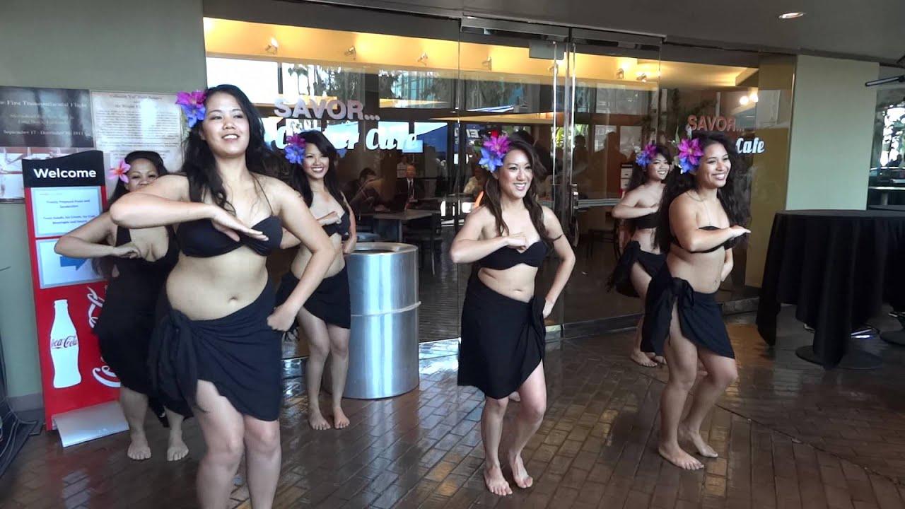 Beautiful naked hawaiian women women