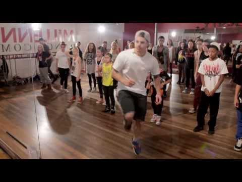 Macklemore & Ryan Lewis - Can't Hold Us - Master Class, Beau CASPER SMART