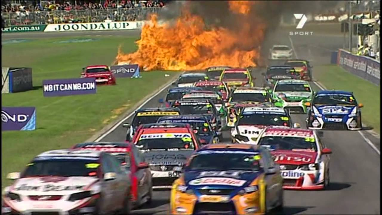 Supercars Startline Crash Youtube