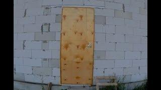 61.  Утепленная деревянная входная дверь своими руками