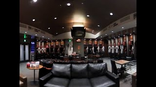 Tour of the Giants Clubhouse with Jeremy Affeldt