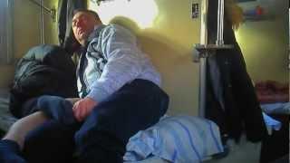 Воркута-Адлер,СтройГазКонсалтинг едет домой.mp4(Вот так едут домой после вахты работники подрядных организаций Газпрома,если точно то это работники компан..., 2013-01-12T03:22:17.000Z)