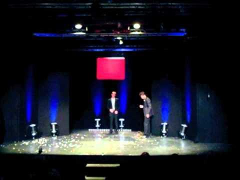 """Vidéo Sébastien Mossière, Arthur Jugnot,  Julien Labigne, dans """"Magicien(s), tout est écrit"""""""