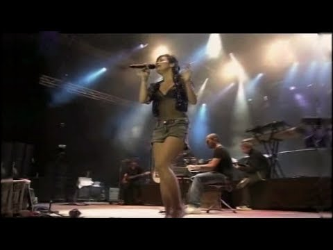 Lily Allen - He Wasn't There (Live at EXIT Festival 2009)