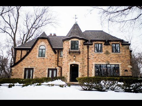 See inside the unbelievable 1930s mansion that's for sale in Flint