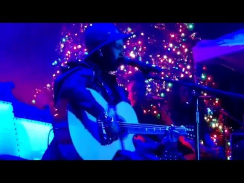 Lauryn Hill performs at the Famously Hot New Year event in Columbia, SC