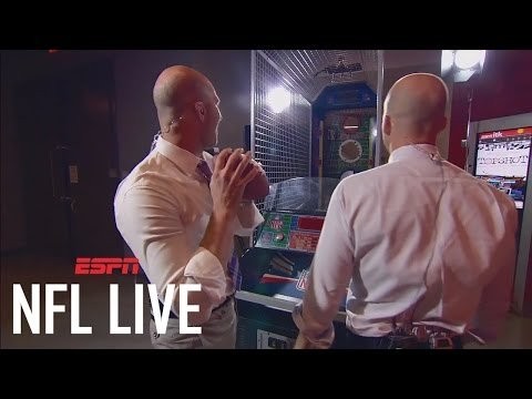 Matt Hasselbeck, Tim Hasselbeck Compete In NFL Pop-A-Shot ...