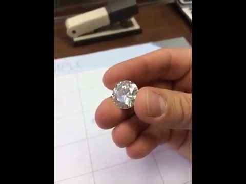Кольцо с бриллиантом 0,5 карат