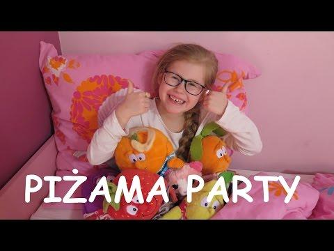 PIŻAMA PARTY :) I STRASZNE HISTORIE Gang Świeżaków Bajki dla dzieci po polsku