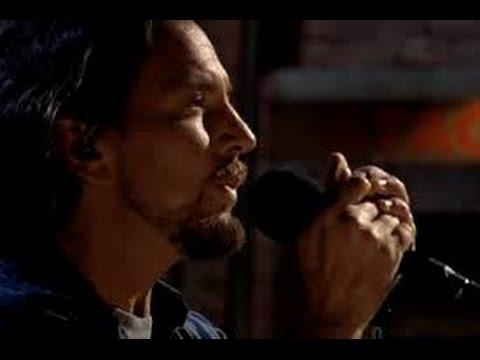 Mother (Pink Floyd cover) - Eddie Vedder con testo e traduzione