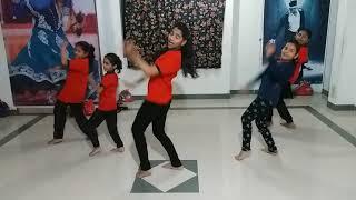 farzand-tumhi-yetana-kela-eshara-bpbd-dance-academic-narhe
