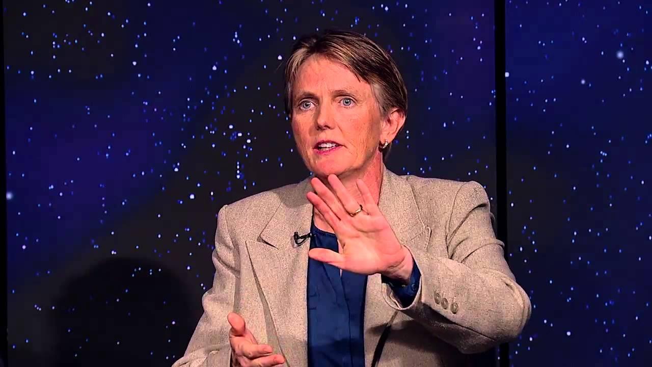 Voyager 1 Scientist Says NASA Needs New Interstellar Probes