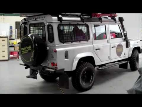 LANDROVER Defender (nine overland) Navi Roof Screen upgrade ALPINE
