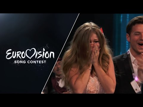 Artists of the first Semi-Final react right after performing.