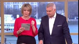 Brenda Blethyn's dog Jack tries to have sex with her on This Morning - 4th January 2018