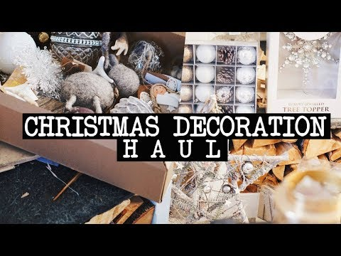 RUSTIC/SCANDI CHRISTMAS DECOR HAUL | B&M, The Range, Poundland, Home Bargains etc.