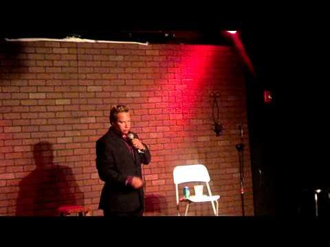 CASI SE MUERE DEL SUSTO Polin Teto el monaguillo from YouTube · Duration:  57 seconds