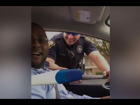 Cop Pulls Over Man to Announce Wife's Pregnancy