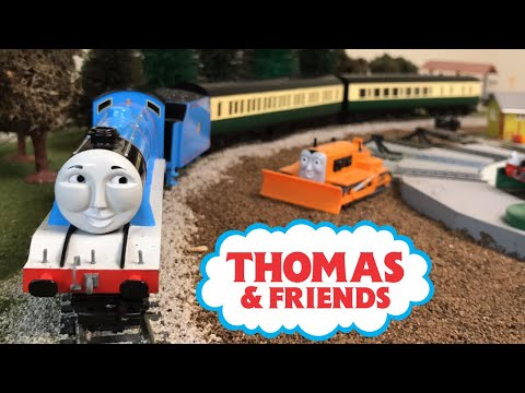 Gordon's Express Composite & Brake Coach! Bachmann Trains HO Scale Thomas and Friends