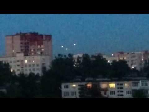 Вот так плавно НЛО превращаются в самолеты, предположительно )))