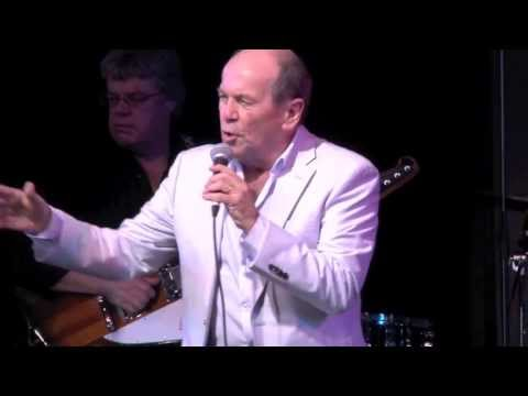 Glenn Shorrock - Little River Band - Help Is On It