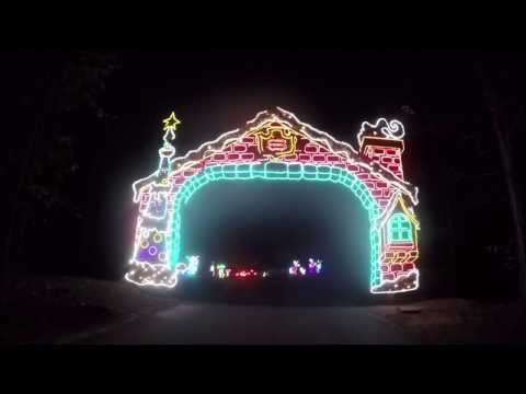 Callaway Gardens Fantasy in Lights 2016 -  Drive through Christmas lights - Entire show