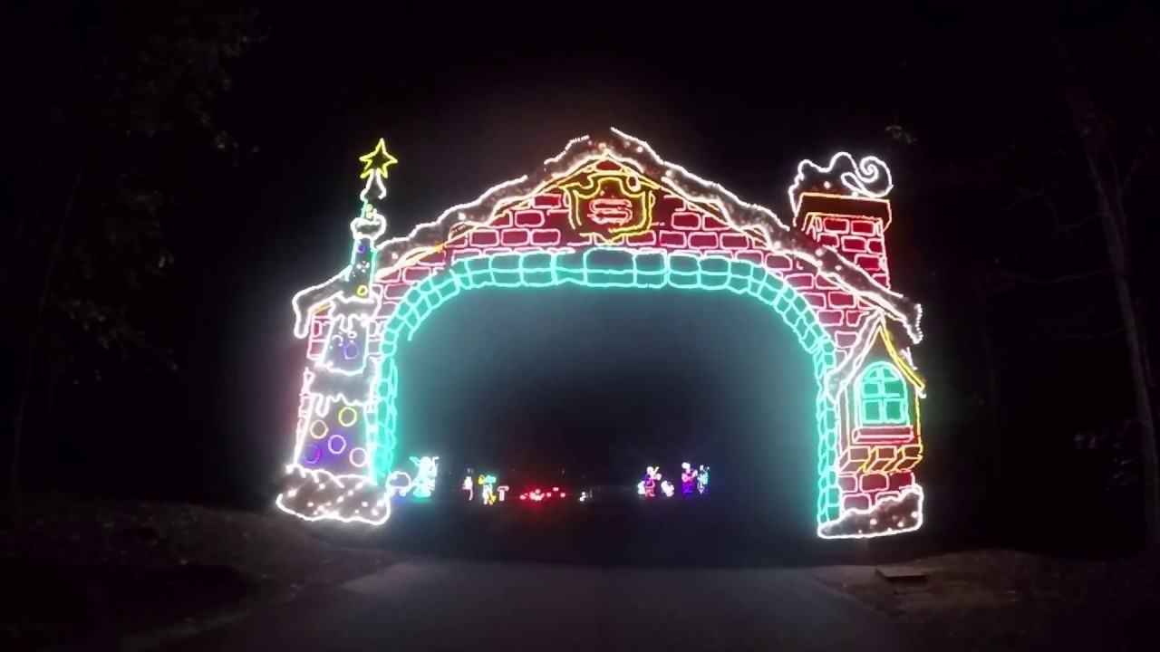 Callaway Gardens Christmas Lights.Callaway Gardens Fantasy In Lights 2016 Drive Through Christmas Lights Entire Show