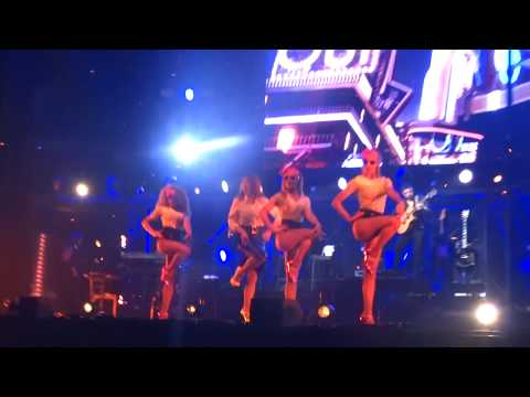 Stars 80 Pauline Ester Oui j' l'adore @ Lyon Halle Tony Garnier 8.12.2017