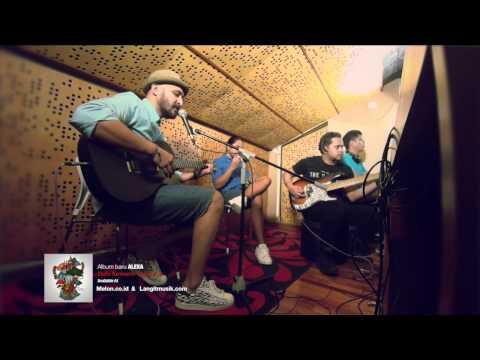 Unduh lagu Alexa - Pulang (Live Acoustic) online