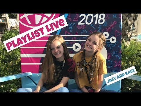 Our First Live Challenge at Playlist Live ~ Jacy and Kacy