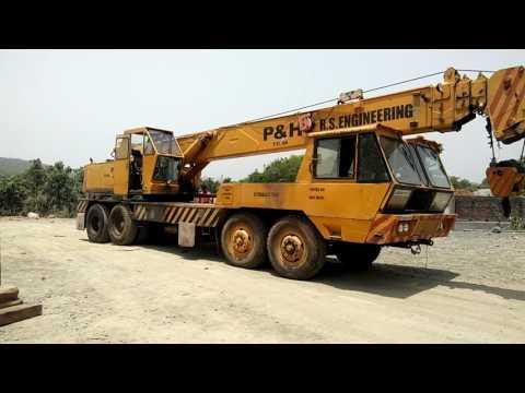 Mobile crane Driving in Rashtriya Technical Institute