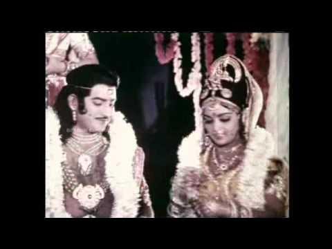 Poongatril Ennaalil Vanthal Song HD - Guru Sesthram Movie | S P B Love Songs