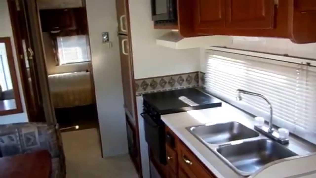 2002 Coachmen Mirada 300 Qb Ls Class A Motor Home   28k