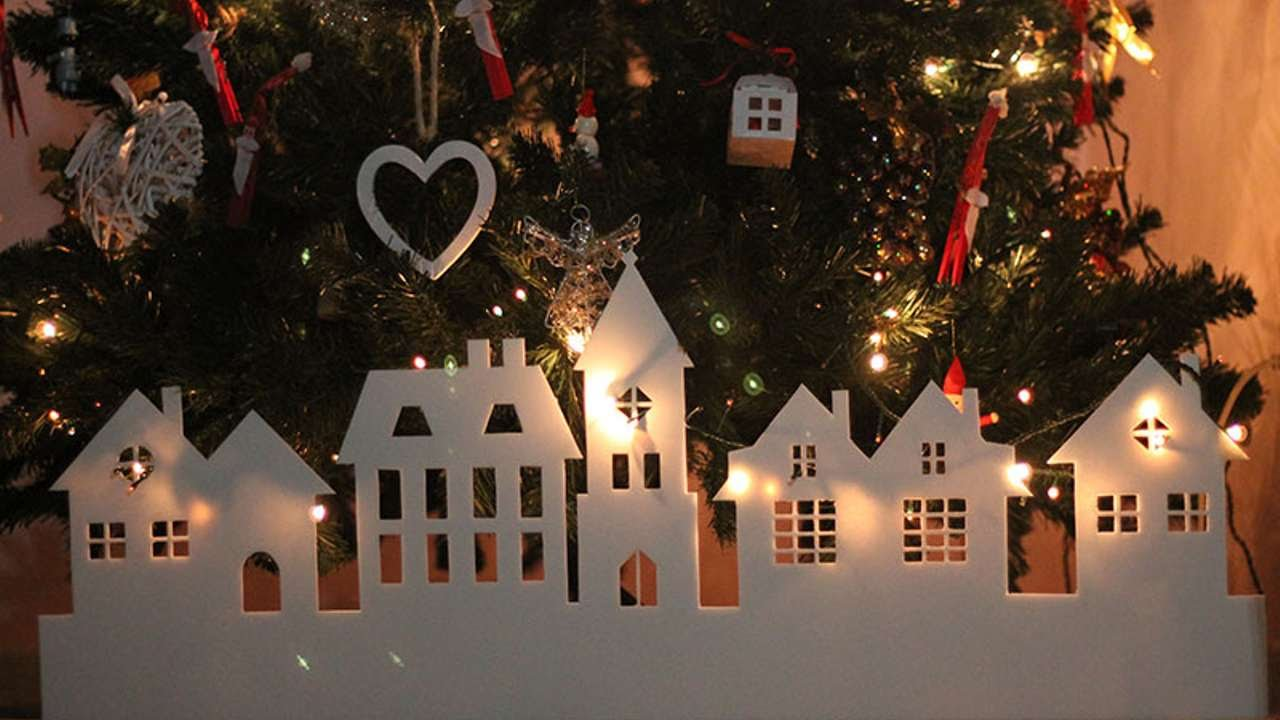 How To Make A Paper Christmas Village Diy Crafts