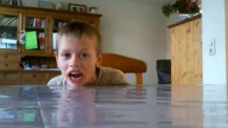 Joey zingt vernieuwd Wilhelmus