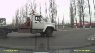 ДТП автобус и эвакуатор г.Балашов 13-11-2013