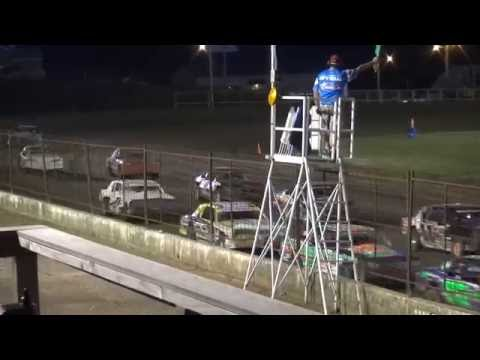 USRA Stock Car feature Fayette County Speedway West Union,IA 6/24/16
