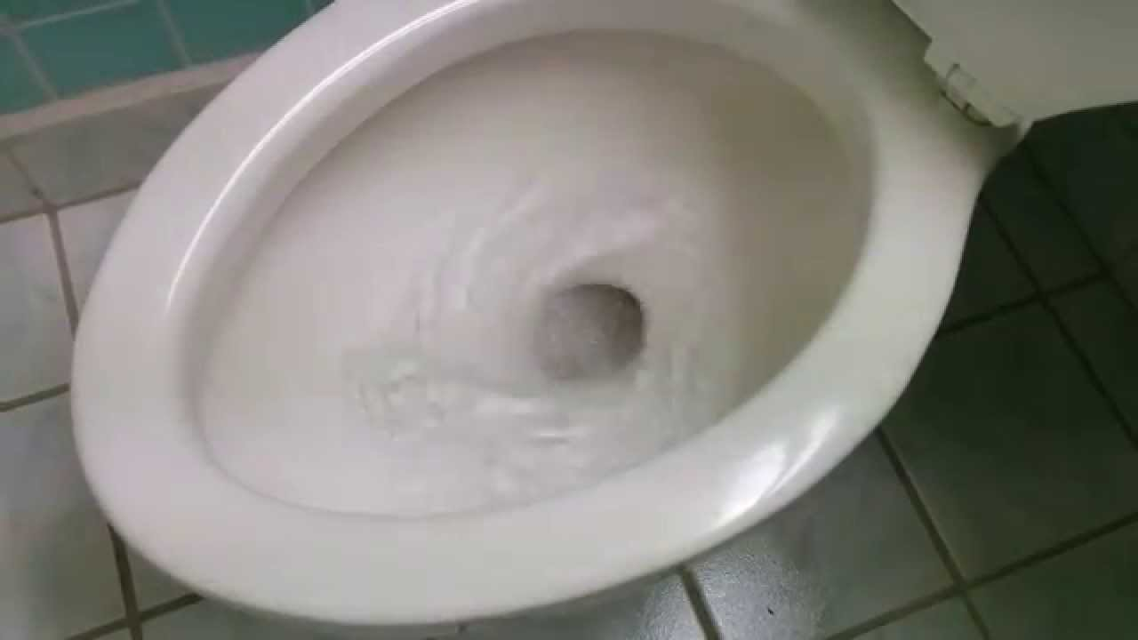 Incredible Toilet Flush Palm Springs 2014 USA Toilettenspülung - YouTube
