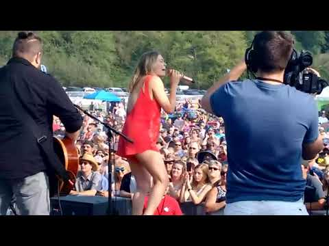 Leann Rimes Live from Backstage Aug 12 2017