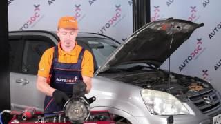 Kā mainīties Ķīļrievu siksna BMW 1 (E87): bezmaksas video