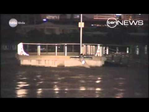 Tugboat driver hailed a hero on Brisbane River