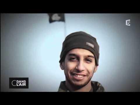 """Saint-Denis: """"Deux personnes décédées dont une femme par explosif"""" (Cazeneuve)de YouTube · Durée:  3 minutes 34 secondes"""