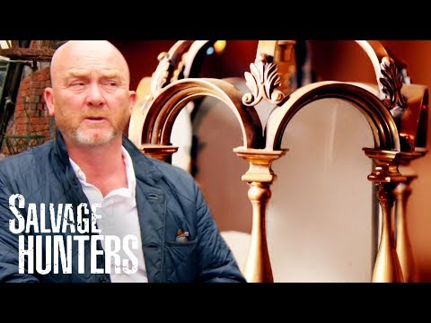 Completely Unique Wall Lights And A Beautiful Brass Lantern | Salvage Hunters