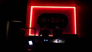 Snatt & Vix playing This is all out (Gareth Emery vs Lange) - Live @Sofia, Cosmo Club - 01.12.2013