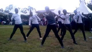 Davido - Gobe-Reborn Dancers